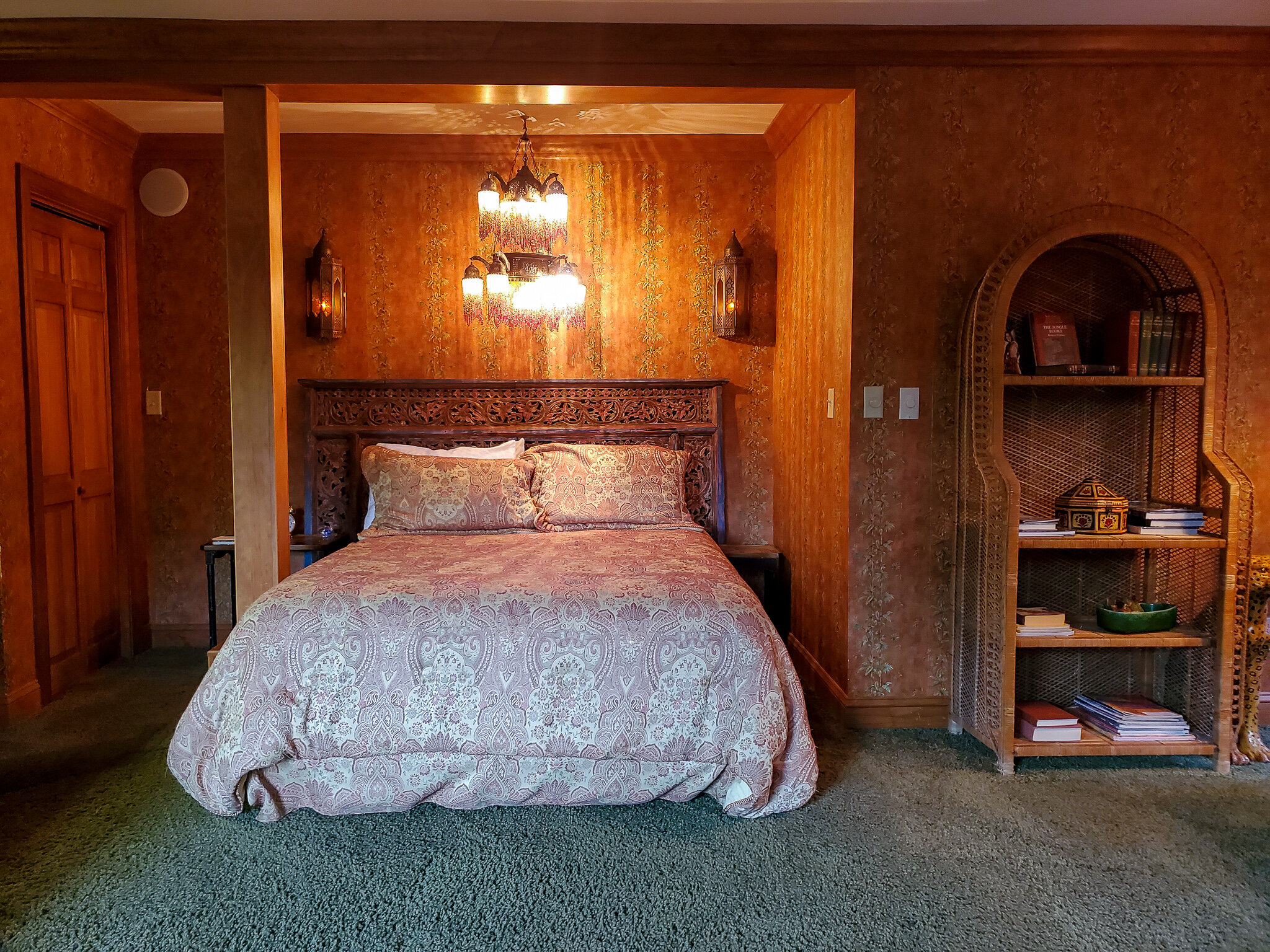 The Rudyard Kipling suite at the Innisfree Bed and Breakfast near Lake Glenville (c) Anna Lanfreschi