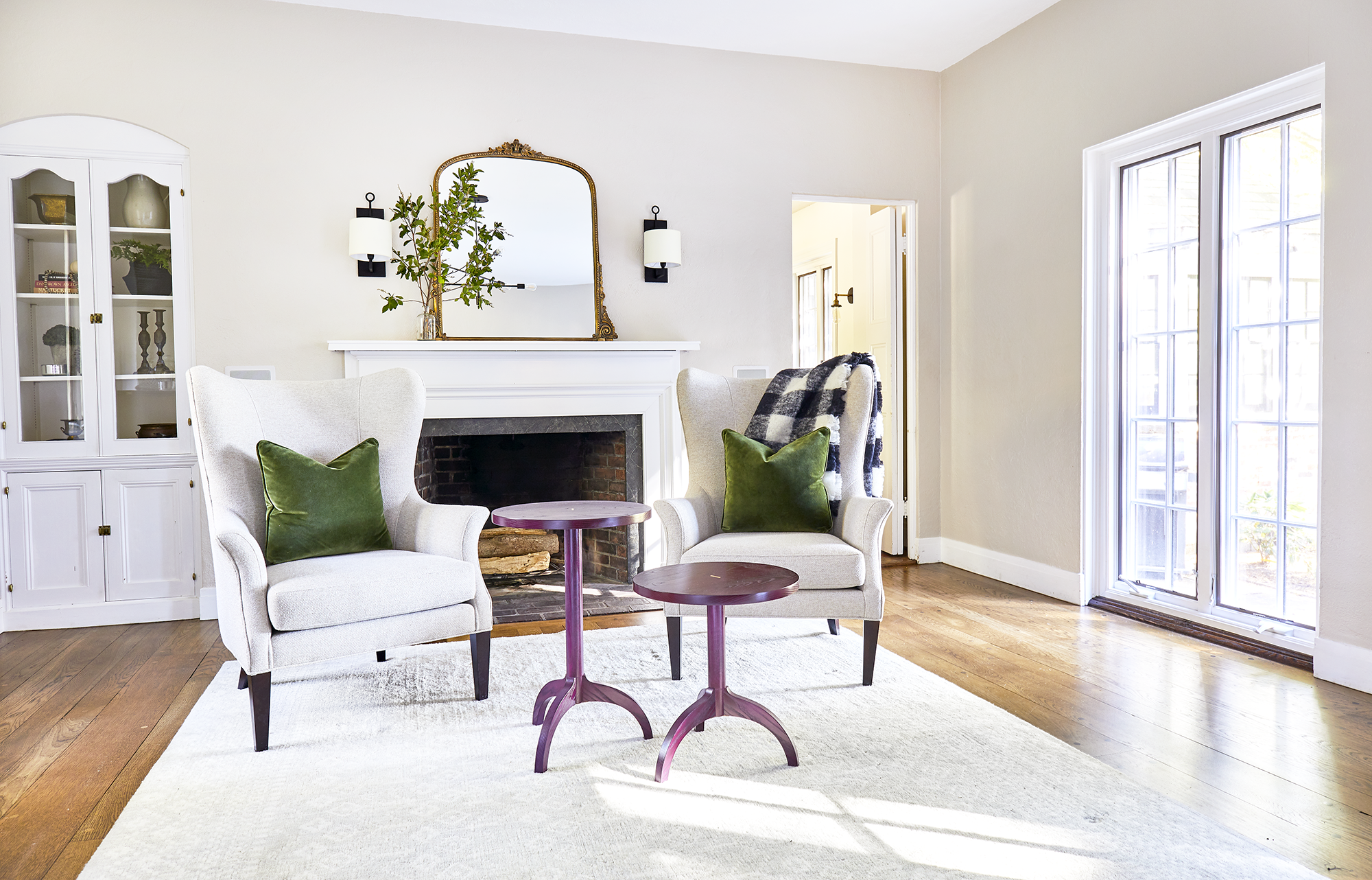 mackenzie-and-company-boston-interior-design-living-room-ideas-1