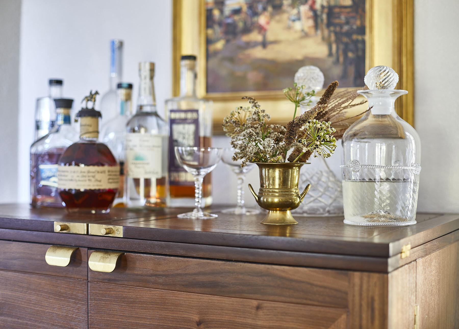 mackenzie-and-company-boston-westwood-interior-design-bar-cart-style