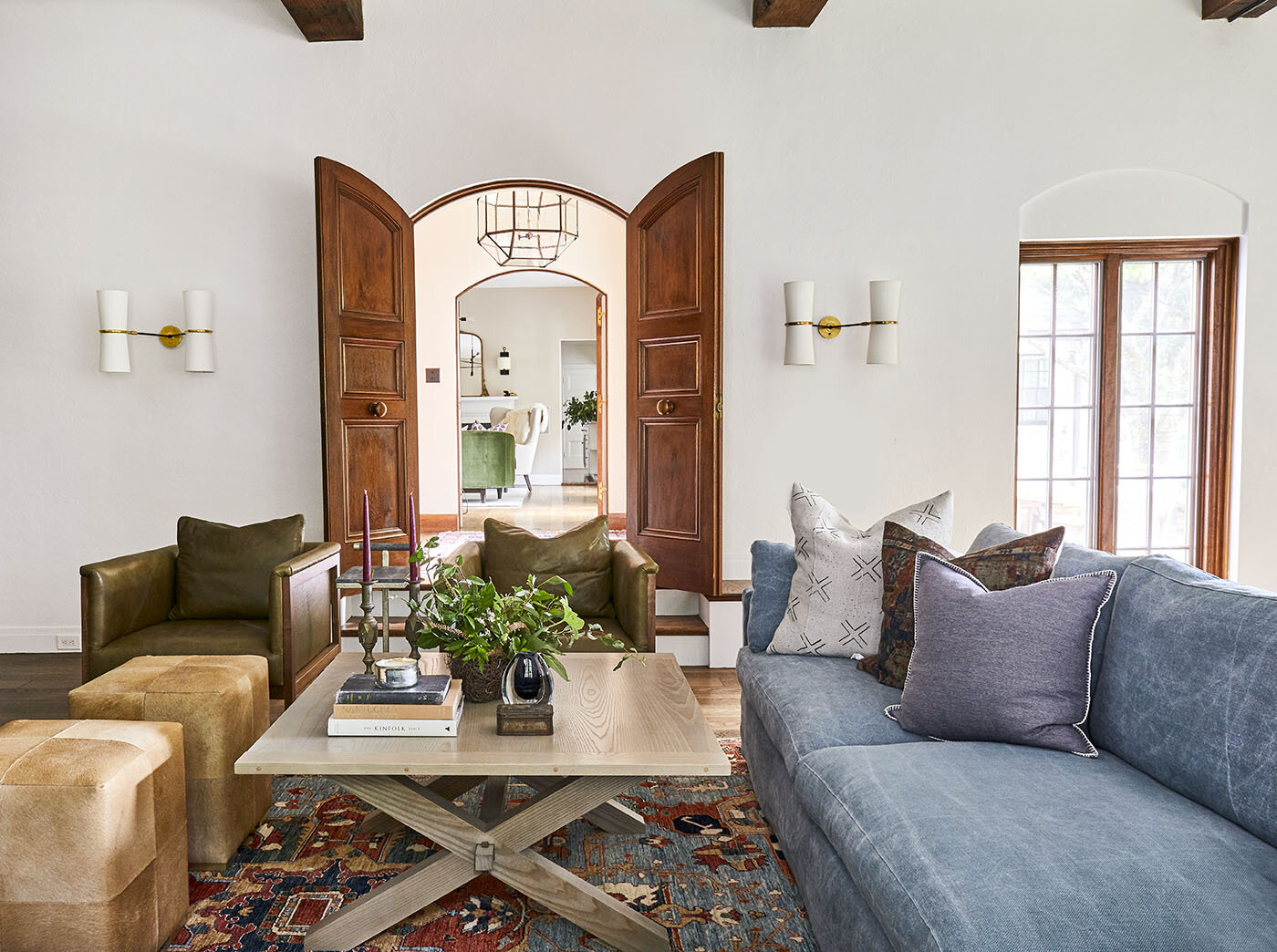 mackenzie-and-company-boston-westwood-interior-design-living-room-style-1