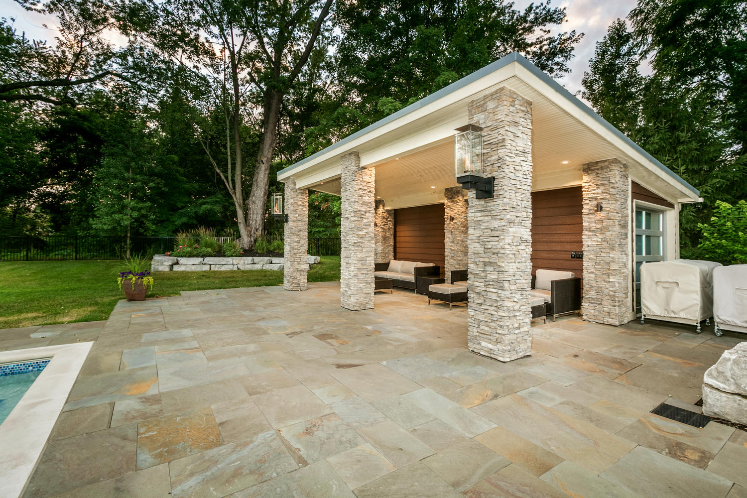 Leading landscape and masonry contractors in SE Michigan