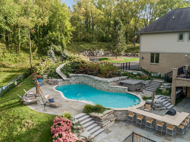 Stunning pool in SE Michigan - masonry contractors in Novi MI