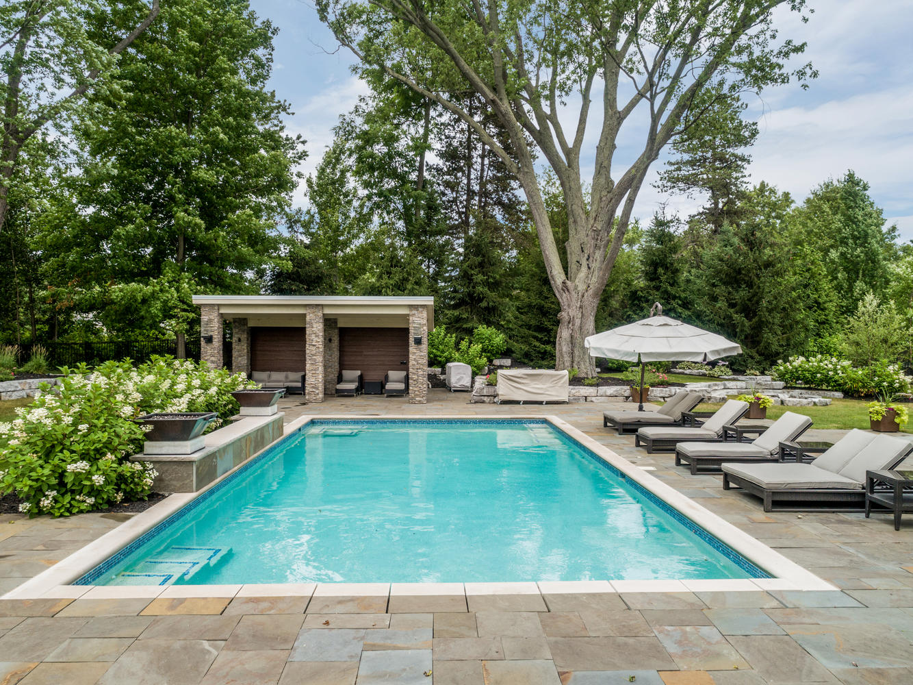 Fountains & pools - masonry contractors in SE Michigan