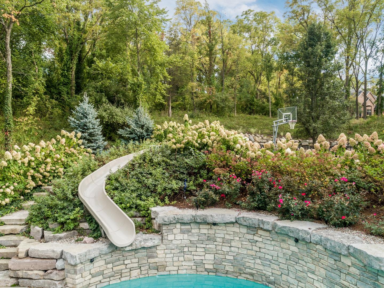 Quality landscape design West Bloomfield MI