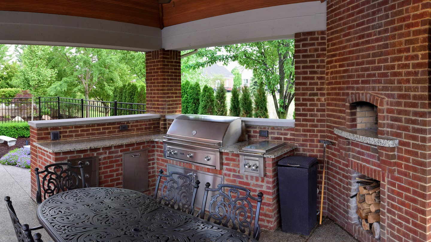 Outdoor kitchen SE Michigan