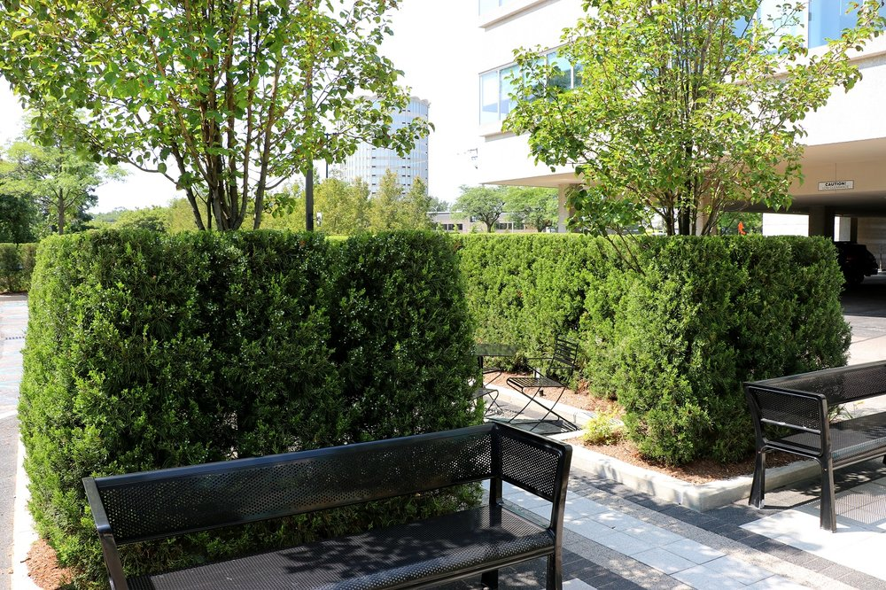 Top quality commercial landscaping in Farmington Hills MI