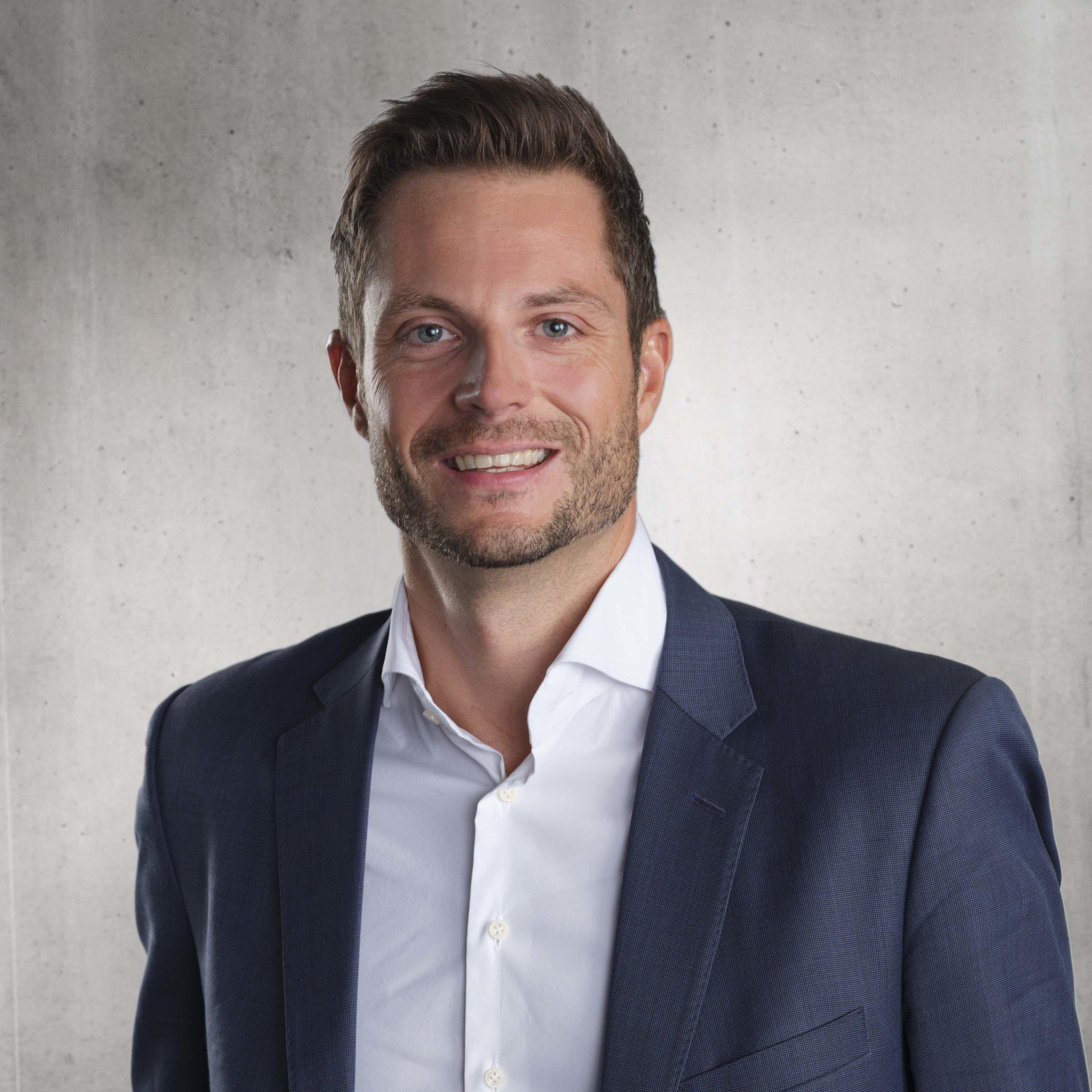 Thomas Aebli, Partner - Head of Investment Solutionsemail: thomas.aebli@anovapartners.comdirect no.: +41 44 215 24 60