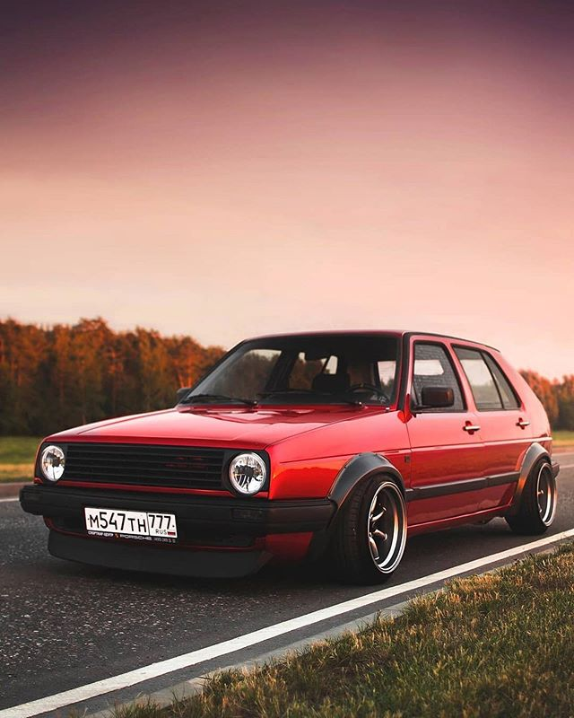 5 door wide arch. What's your thoughts? Owner : @verd_one | Photo : @k.kvartz | MK2CREW.COM | #mk2crew