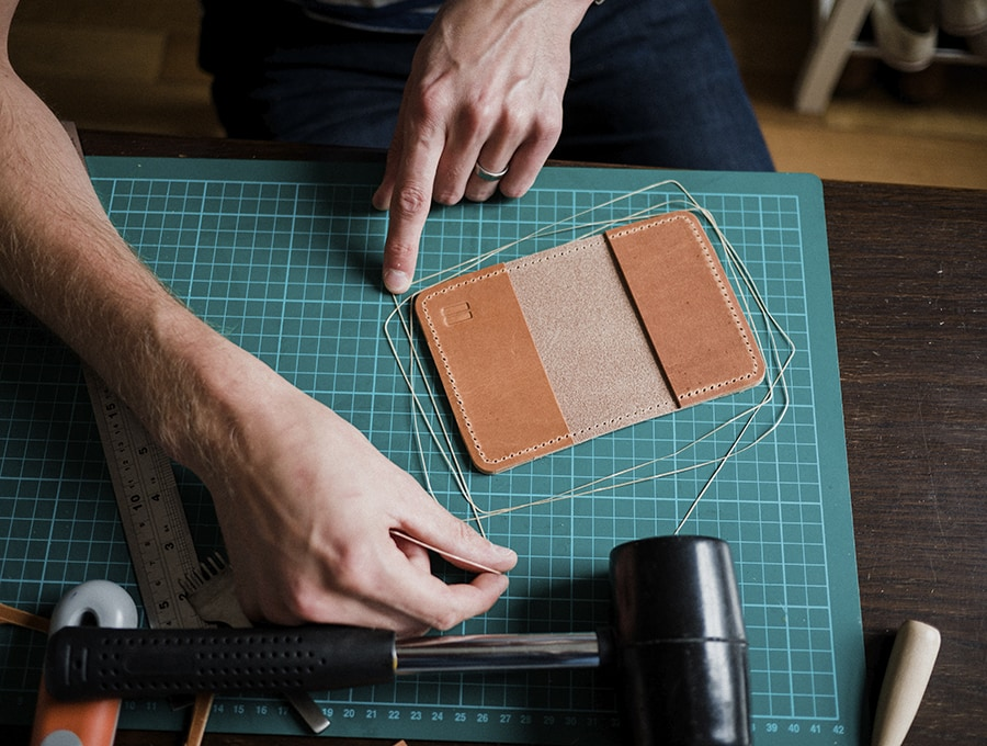 measuring-out-the-stitch-length-flat-leather-x-the-level-collective-sml.jpg