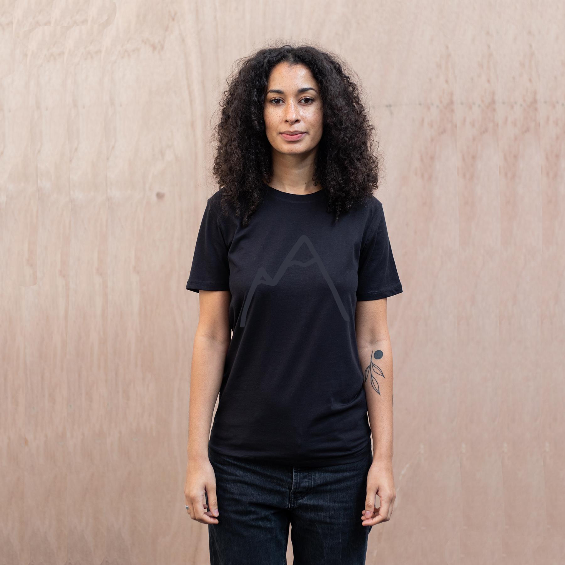 Simple-Mountain-Stargazer-organic-t-shirt-black-The-Level-Collective.jpg