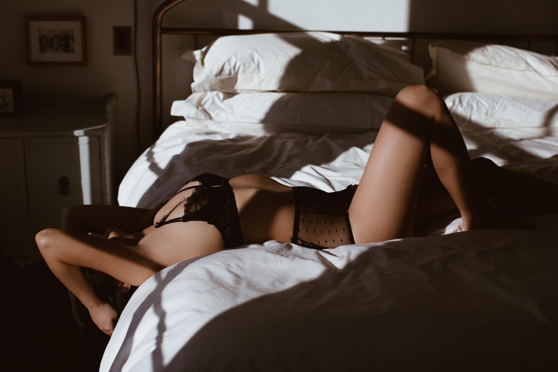 washington-dc-boudoir-photographer-the-line-hotel-8.jpg