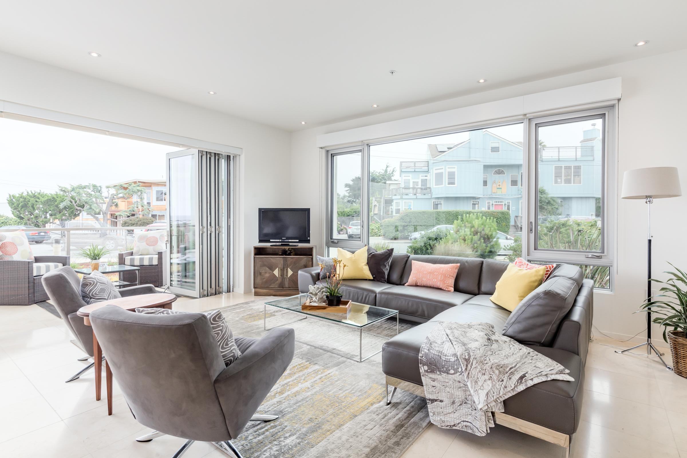 Top Real Estate Agent in   SANTA CRUZ COUNTY    Learn More