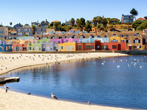 EXPLORE SANTA CRUZ - Ready to fall in love with Santa Cruz County? Click here to explore all the amazing neighborhoods we have to offer!