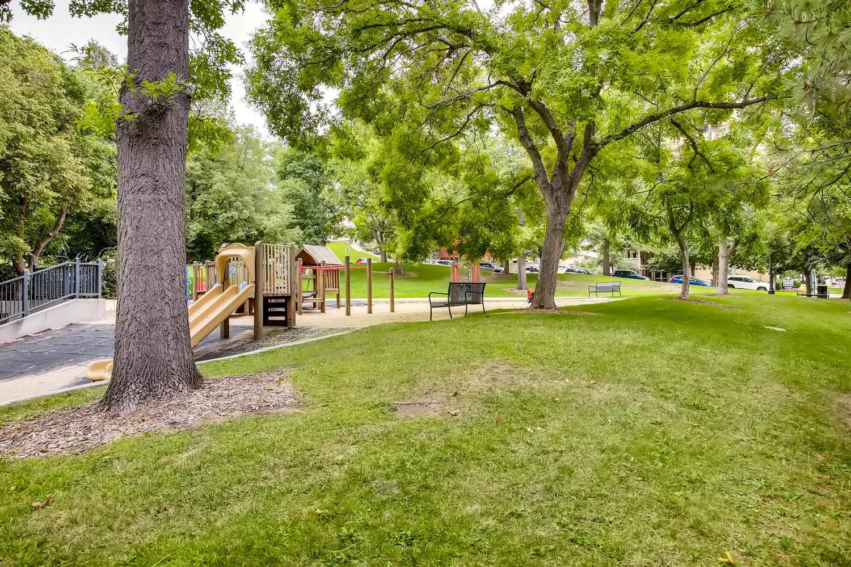 435 Washington St Denver CO-large-022-027-Governors Park-1500x1000-72dpi.jpg