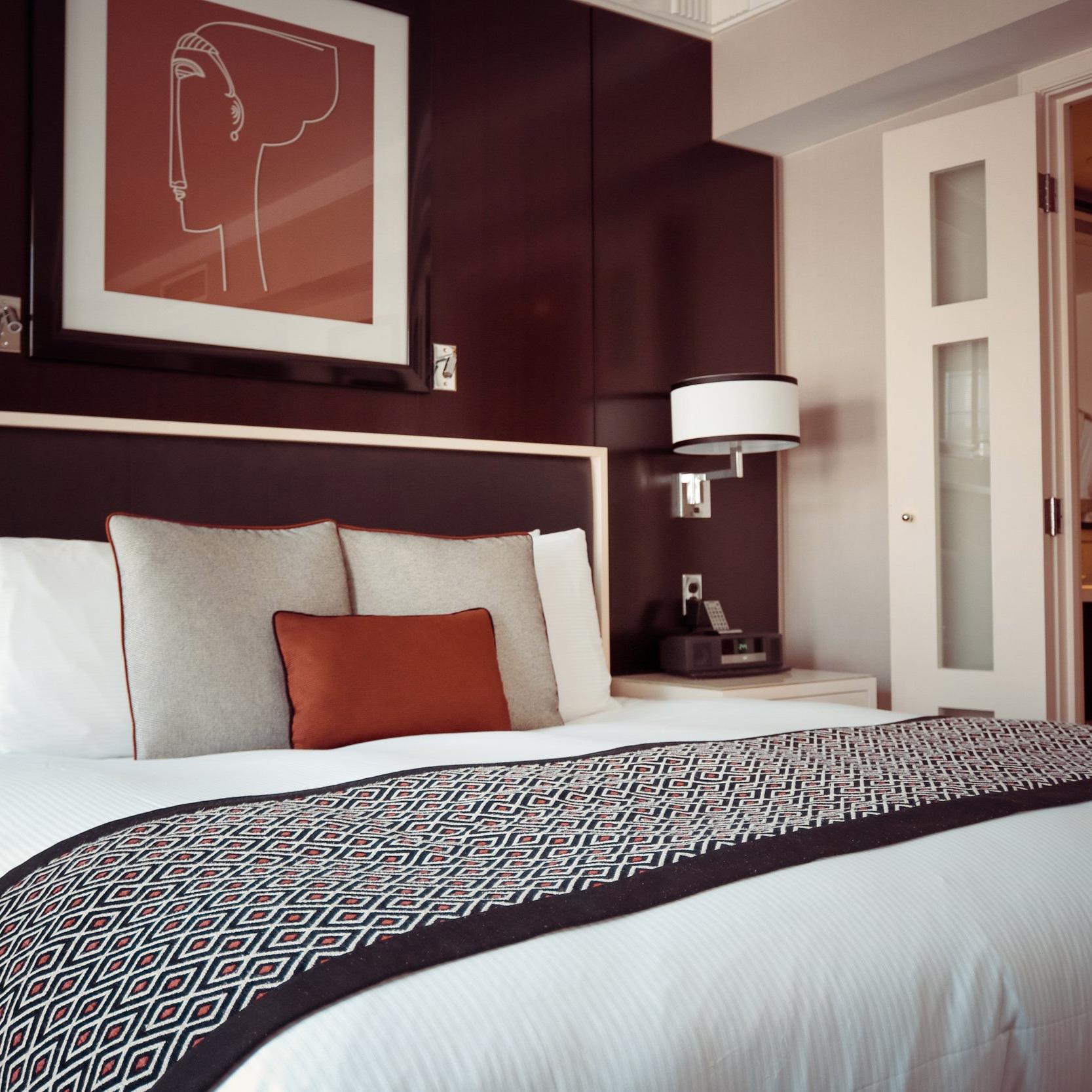 bed-bedroom-cozy-164595(1).jpg