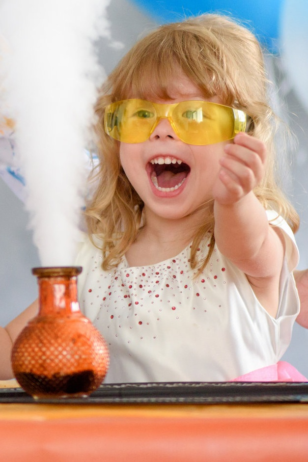 Fizz, Pop, Boom! - This party includes over a dozen experiments, such as bubbling potions, chemical reactions, and explosions! After the show, all of the kids will get to make slime or bouncy balls as a party favor (your choice)!