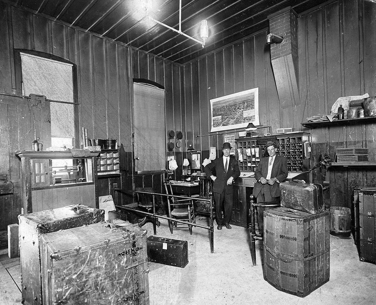 Kane RR station scale room 1912 copy.jpg