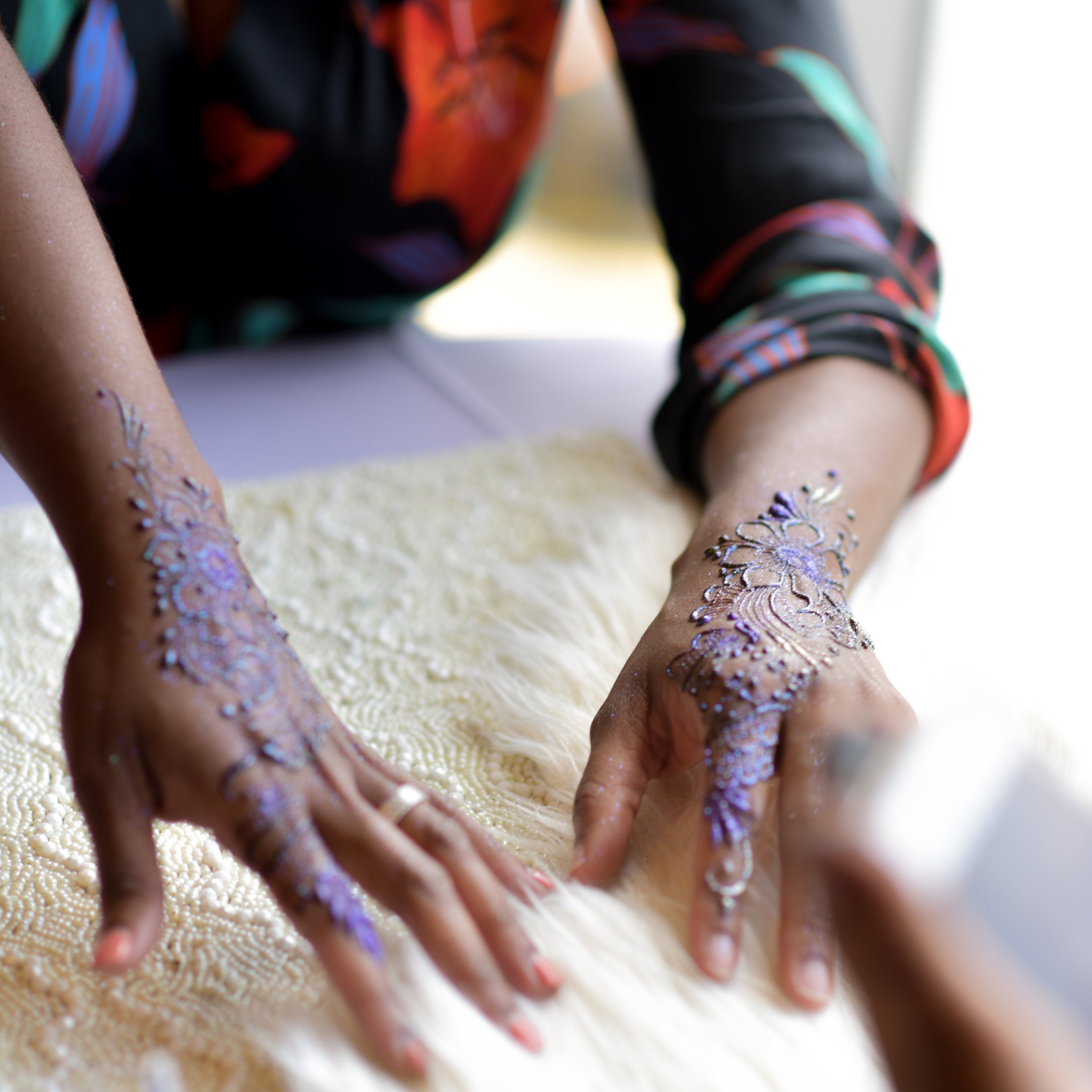 - Treat yourself and your guests to eye-catching, freehand henna designs. These walking favors will have people talking about your event long after the cake is cut and you've said your goodbyes.