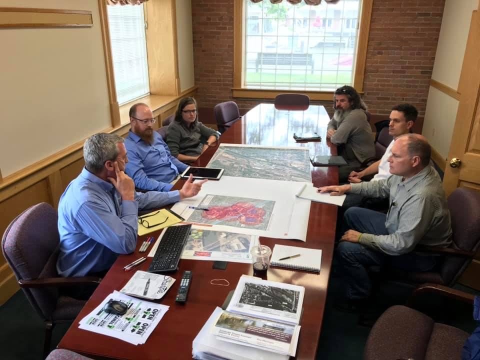 Design Committee holds a charette to plan alternate traffic and pedestrian routes during the upcoming liftbridge reconstruction project. L-R Andy Spencer, Andy Martin, Jessica Kruse, Joel Cuminale, David Kruse, and Randy Sickler.