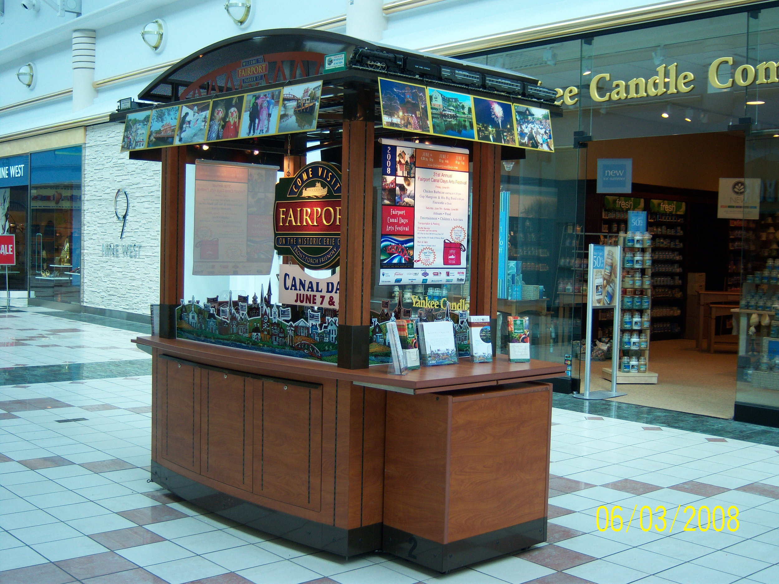 In 2006 we installed this tourism kiosk as Eastview Mall. From it, thousands of flyers and brochures promoting Fairport festivals, events, and destinations were distributed to shoppers. This marketing program was supported by a member-item grant from then-Senator Alesi and Wilmorite Corporation.