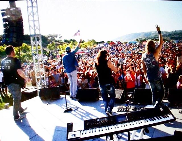 Hope everyone is having a great summer!  See you at a show soon!  #lightsband