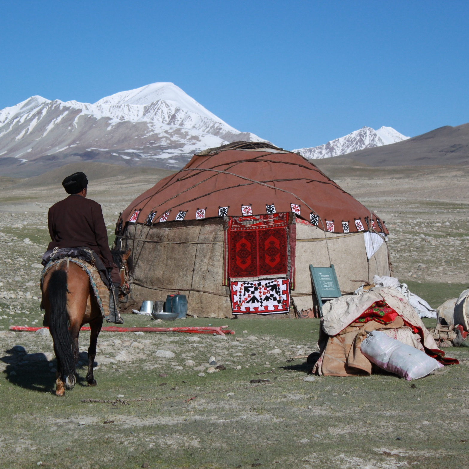 Yurt Camp - An unforgettable experience that you shouldn't miss; an overnight stay in a traditional yurt! Experience a long Kirgiz way of life, passed down from generation to generation.Usually the Kyrgyz people sleep on the floor, equipped with thick blankets. To heat up the yurt, they use a small coal stove. Enjoy the cosy atmosphere inside and a wonderful spangled sky outside.It is possible to stay in Alichur and Karakul villages in a traditional Yurt.Located in Murgab district.