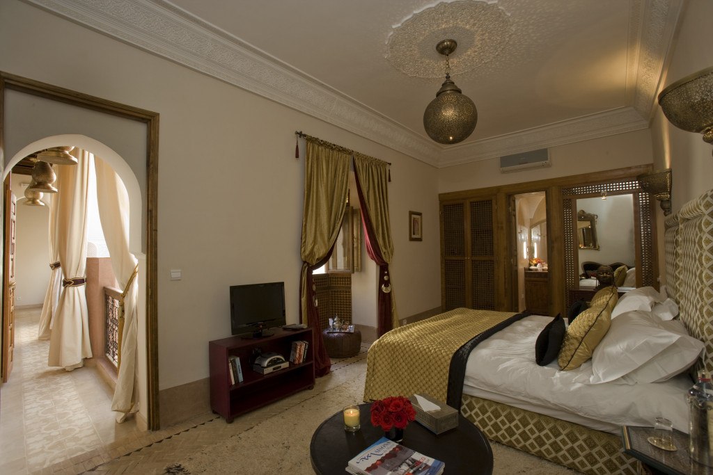 riad-zamzam-marrakech-spa-morocco-luxury-holiday-rooms-palm-suite-03