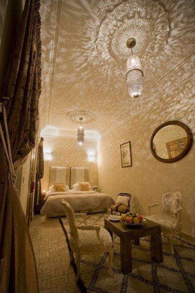 riad-zamzam-marrakech-spa-morocco-luxury-holiday-rooms-rose-suite-02