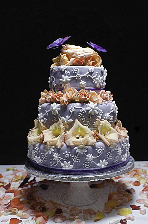 riad-zamzam-marrakech-spa-morocco-luxury-holiday-hotel-events-cakes-wedding-birthday-moroccan-special-occasion-celebrate-party-006.jpg