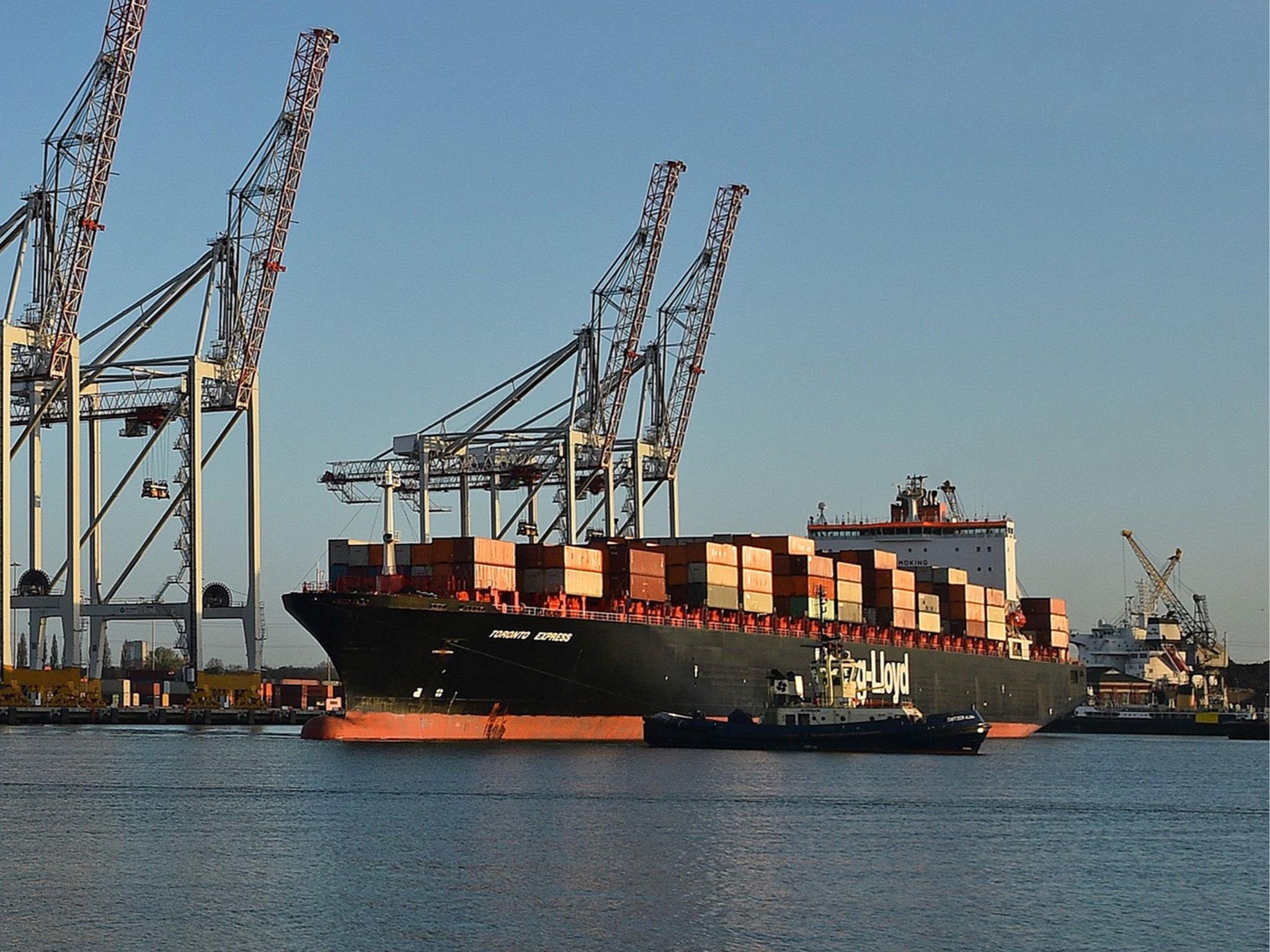 uk-shipping-port-2.jpg