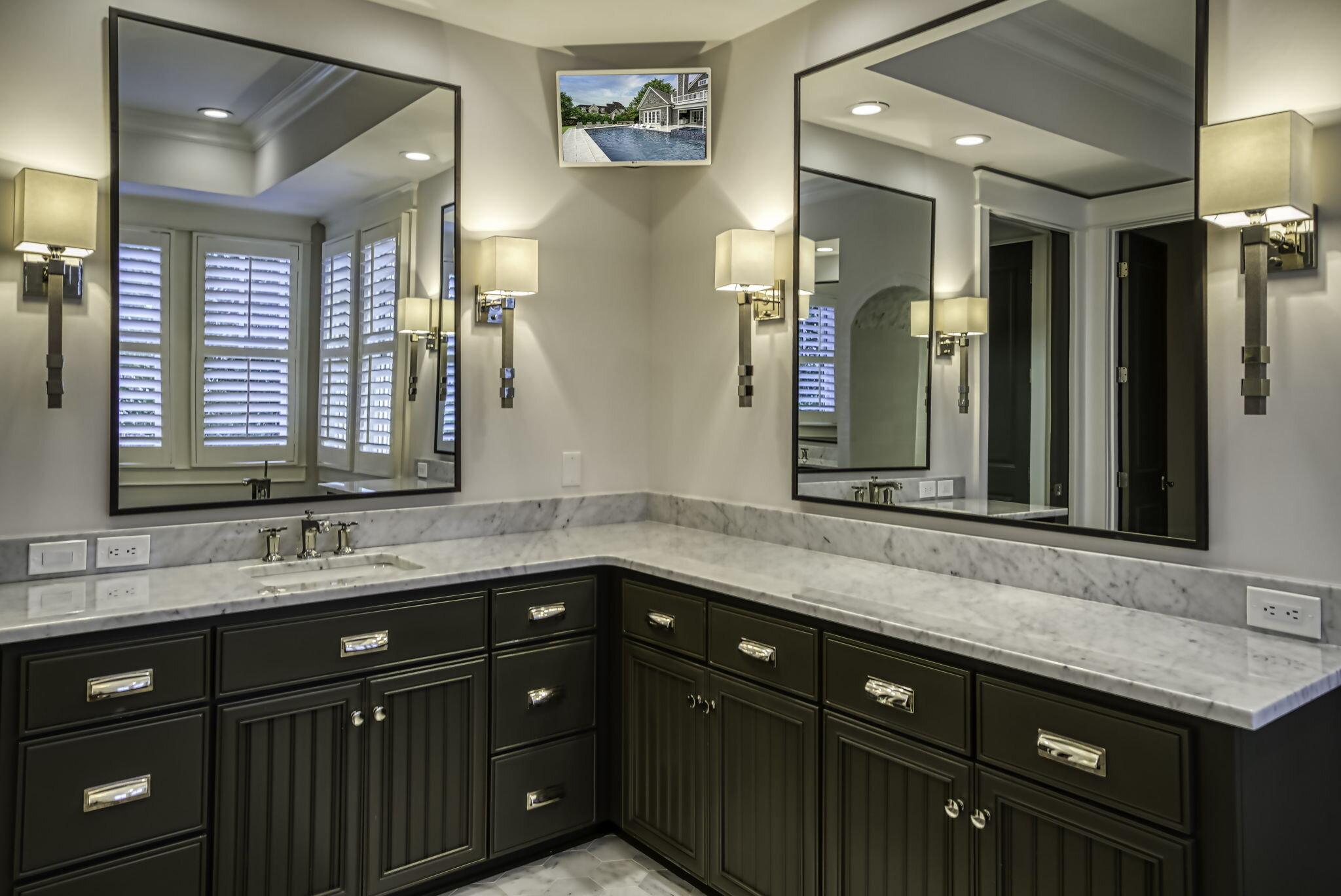 28-web-or-mls-4900 Carmel Park Dr Owner Suite Bath 2.jpg
