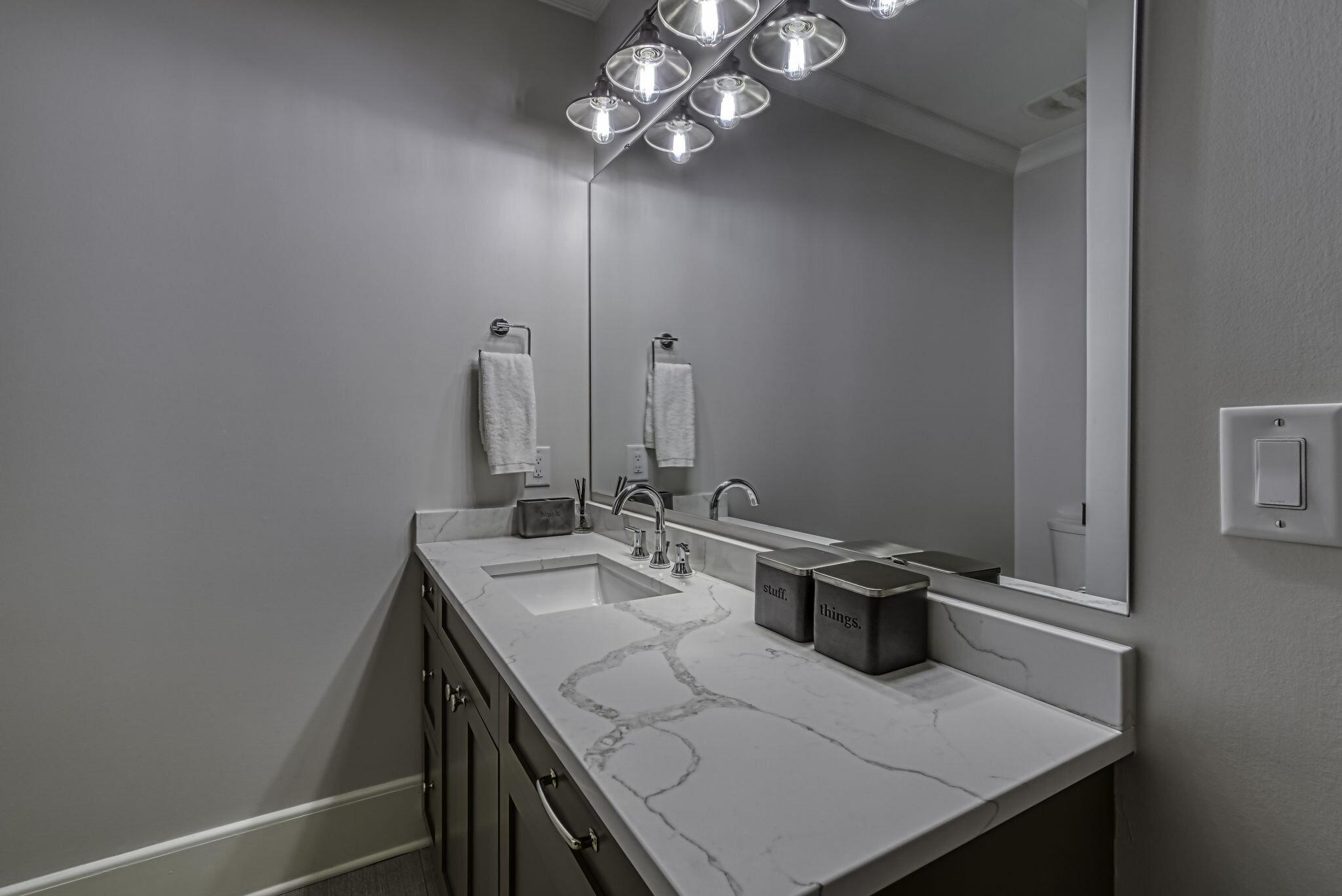 38-web-or-mls-4900 Carmel Park Dr Bedroom 5 Bath 1.jpg