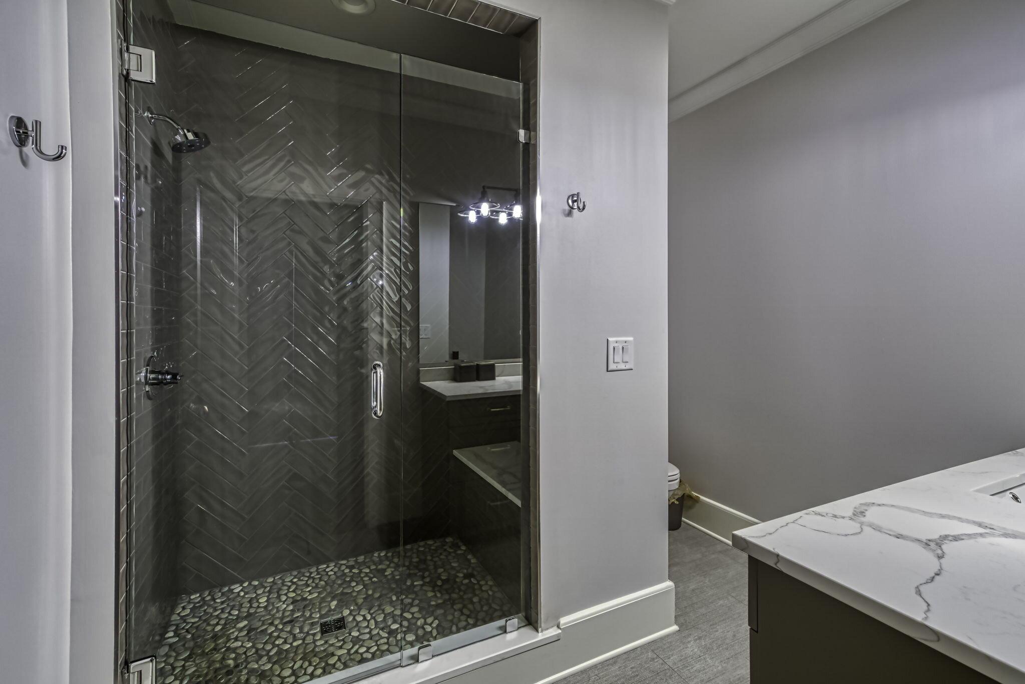 39-web-or-mls-4900 Carmel Park Dr Bedroom 5 Bath 2.jpg
