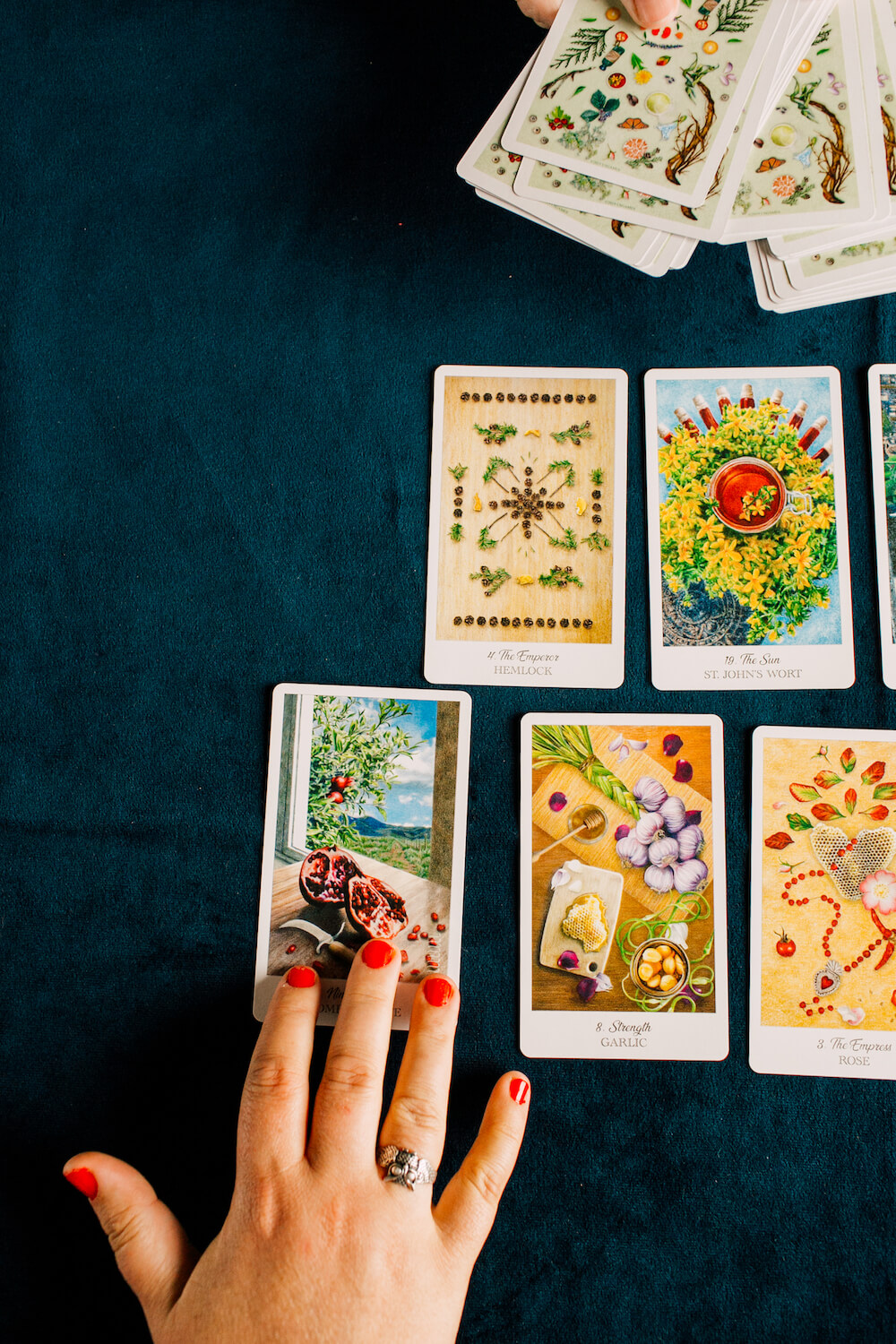 How to Use The Deck・The Herbcrafter's Tarot