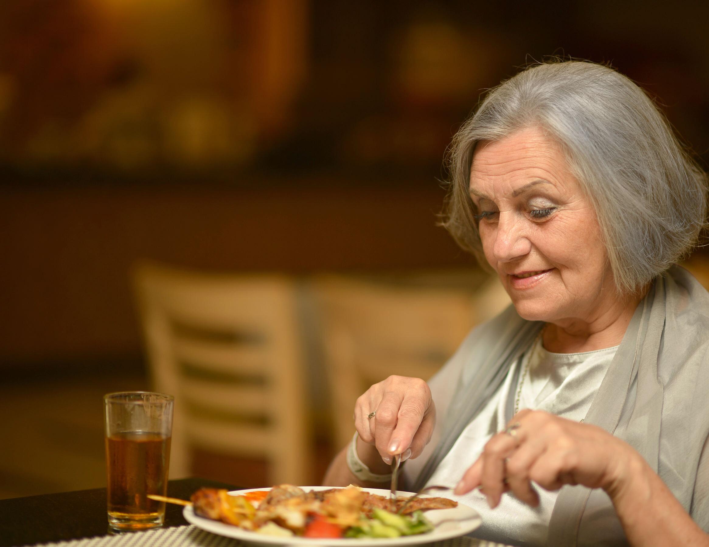 eating-tips-for-seniors.jpg