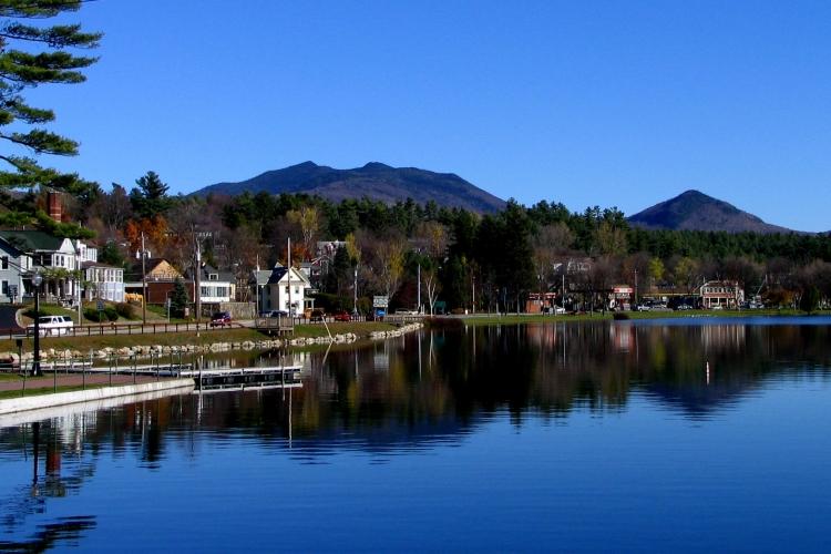 Saranac_Lake_-_Lake_Flower.jpg
