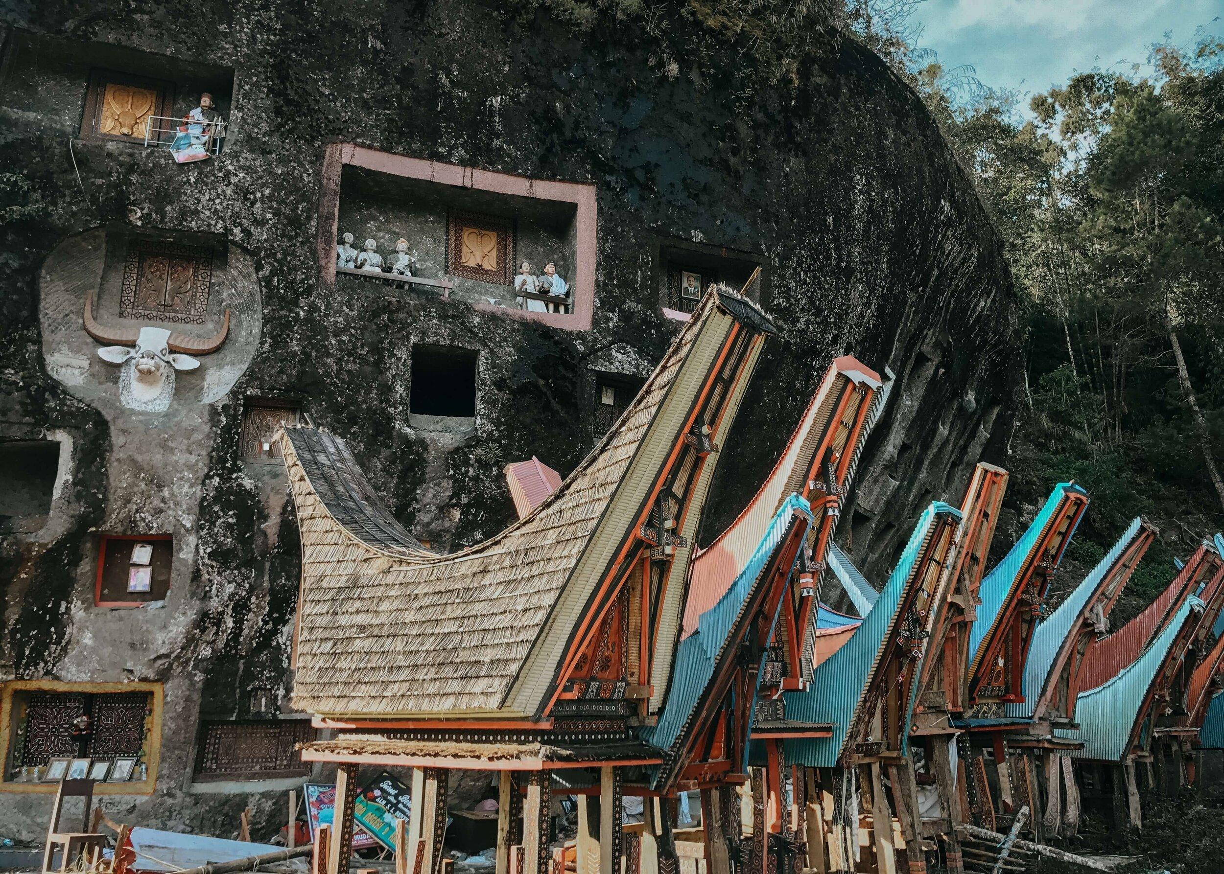 The Living Dead: Understanding the Culture of Tana Toraja — Moore  Misadventures
