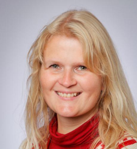 Ingeborg Bremnes  Kontaktlærer 10.klasse   ibremnes@vko.no