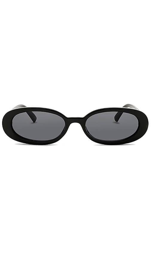 Le Specs - Outta Love