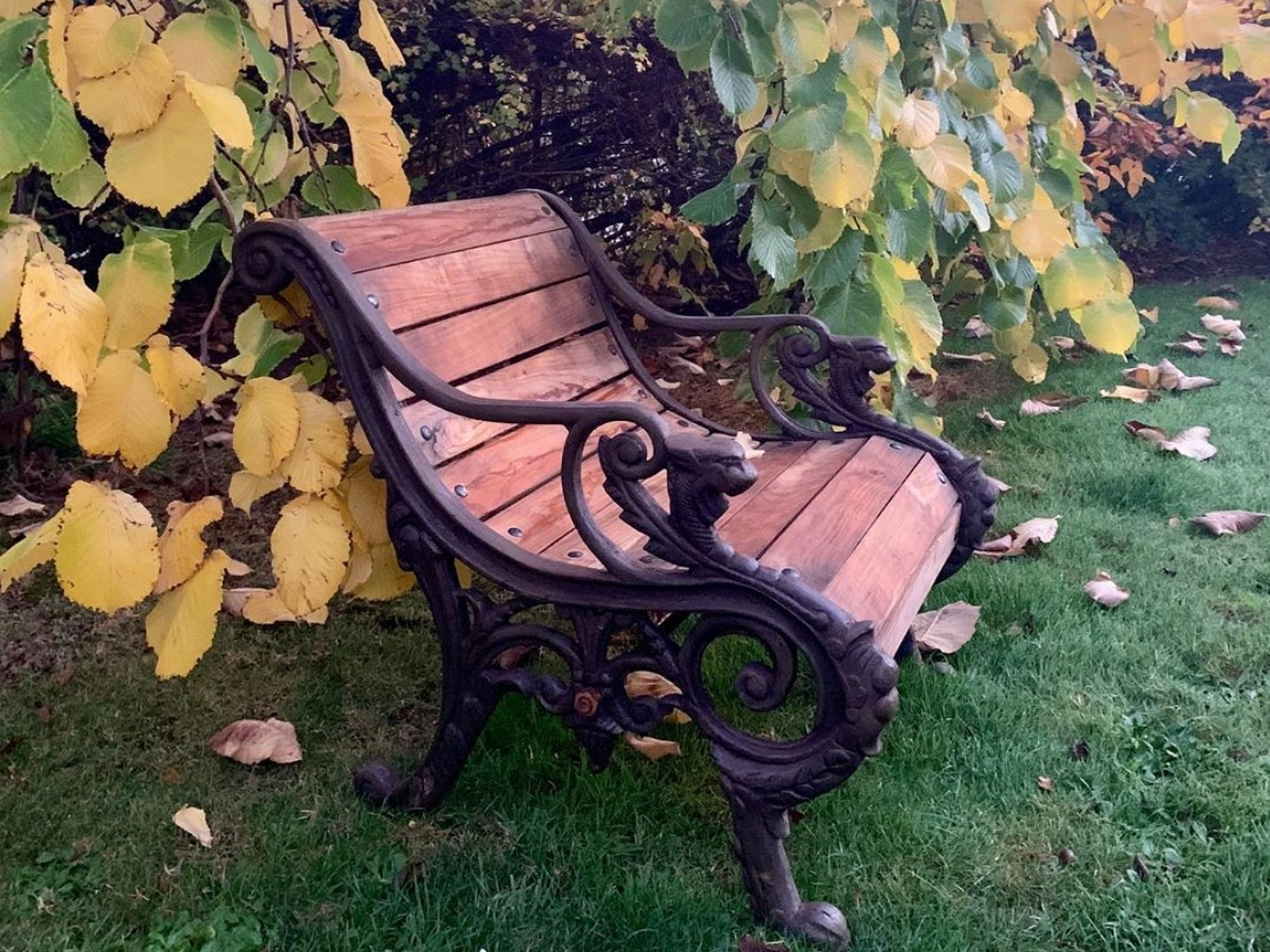 Seats & Benches -