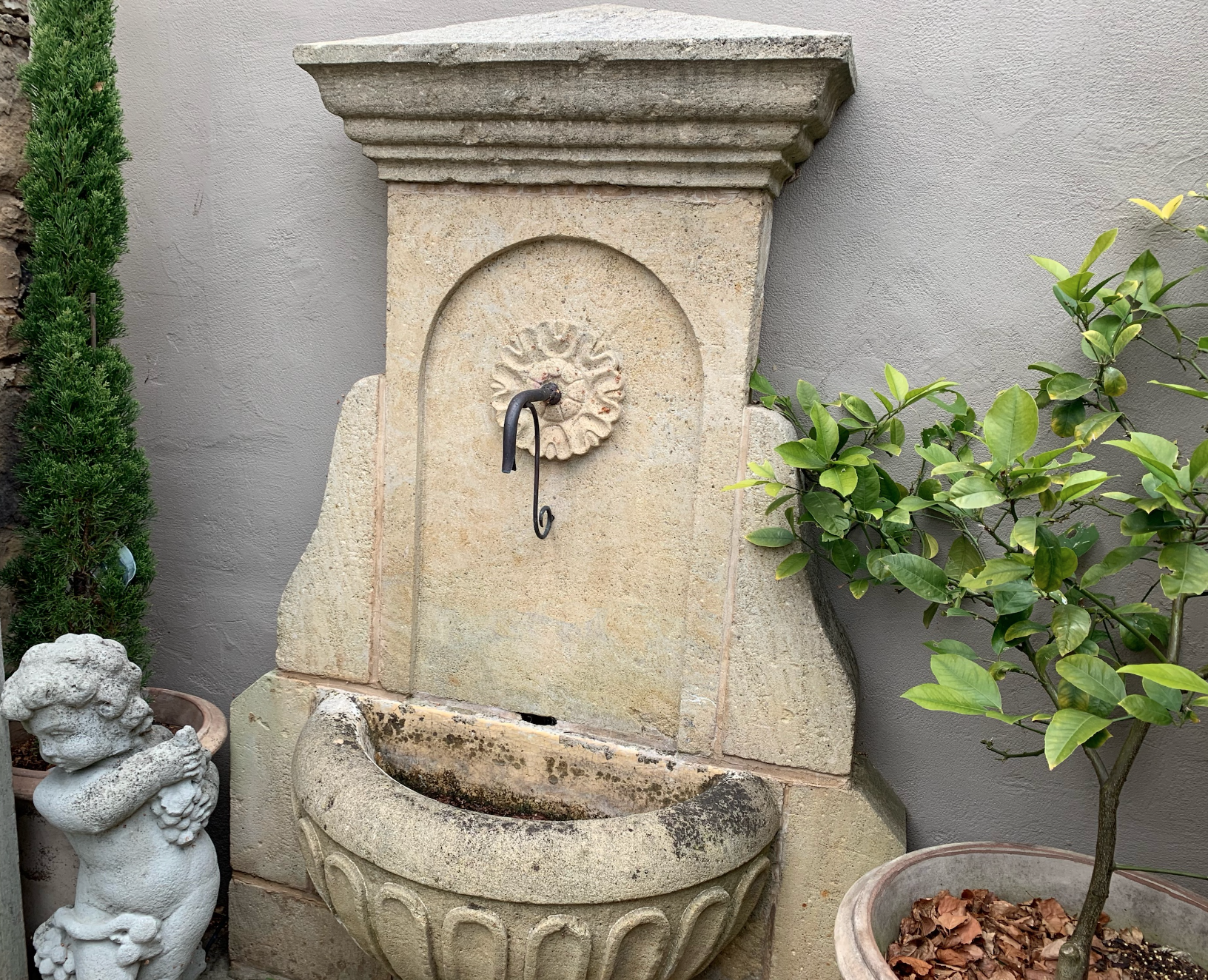FWF1668 Deco stone wall fountain with copper spout  $2850