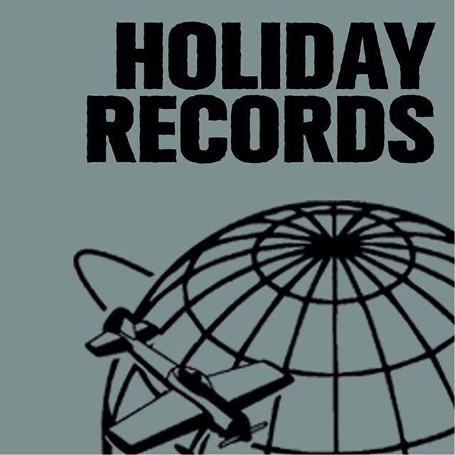Alright get your diary out because we've got your plans for Friday sussed. New @minisimmonsband album? ✔️ Live acoustic set? ✔️ Delicious @drrudis beers?✔️ Experiencing that fresh-pressed vinyl smell in NZ for the first time in 30 years? ✔️✔️✔️ As if you needed any excuse to come get yourself @holidayrecords this Friday from 6pm to get your teeth into some great music, great beer and great people! See you there! ♥️ #parkupcollective