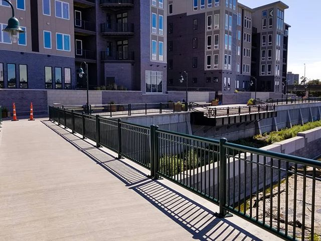 Concepted in the 1980s, The city of constructed the #GeneseeRiverwayTrail to provide multi-modal access to the #riverside, much like the canal paths provide for the #ErieCanal.  #Walkers, #runners, #bicyclists, and boarders can start in the south near #RIT or at the Erie Canal path near 390, head north along the river on either side, and into #CenterCity.  From there it gets complicated.  The city recognized this and had long planned to simplify the trail while navigating our central business district downtown.  One of the biggest steps forward in that ease of navigation, was just recently opened, the #EriePromenadePark.  Part of the polarizing Nathanial building construction and development of the #RochesterSubway southern tunnel entrance, this riverside park and path reconnects the trail to Court Street and provides ever more views of our most precious natural resource (and the reason we as a city exist at all). An added benefit to the project was renovating the 1817 Johnson and Seymour raceway, a historical structure of no modern practical value, but an architectural reminder of our #FlourCity past.  I recognize the controversy and strong opinions of developing the subway tunnel land next to Dinosaur BBQ, but I do hope that reconnecting the trail and providing the park will be a welcome sight to visitors and natives alike. _____________________________________ #RochesterNY #585 #ExploreRochester #Iheartroc #Roc #Genesee #GeneseeRiver #Downtown #CentralBusinessDistrict #DinosaurBBQ #UrbanWalks #TakeAWalk #ExploreNY #ExploreUpstate #ThisIsRoc