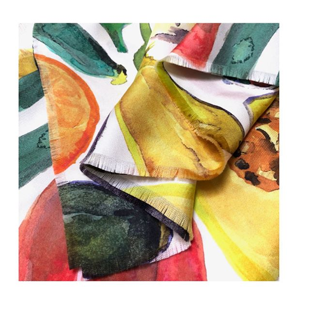 Silk scarves are here in selected prints! Beautifully hand frayed edges in a luxurious medium weight silk twill and perfect for dressing up any outfit. This one's in our fun Fruit & Veg print! 🍆🍒🍊🍋 DM to enquire #print #pattern #silk #scarf #foulard #fashion #interiors #decor #salad #interiordesign #interiordecorating #colourful #colourpop