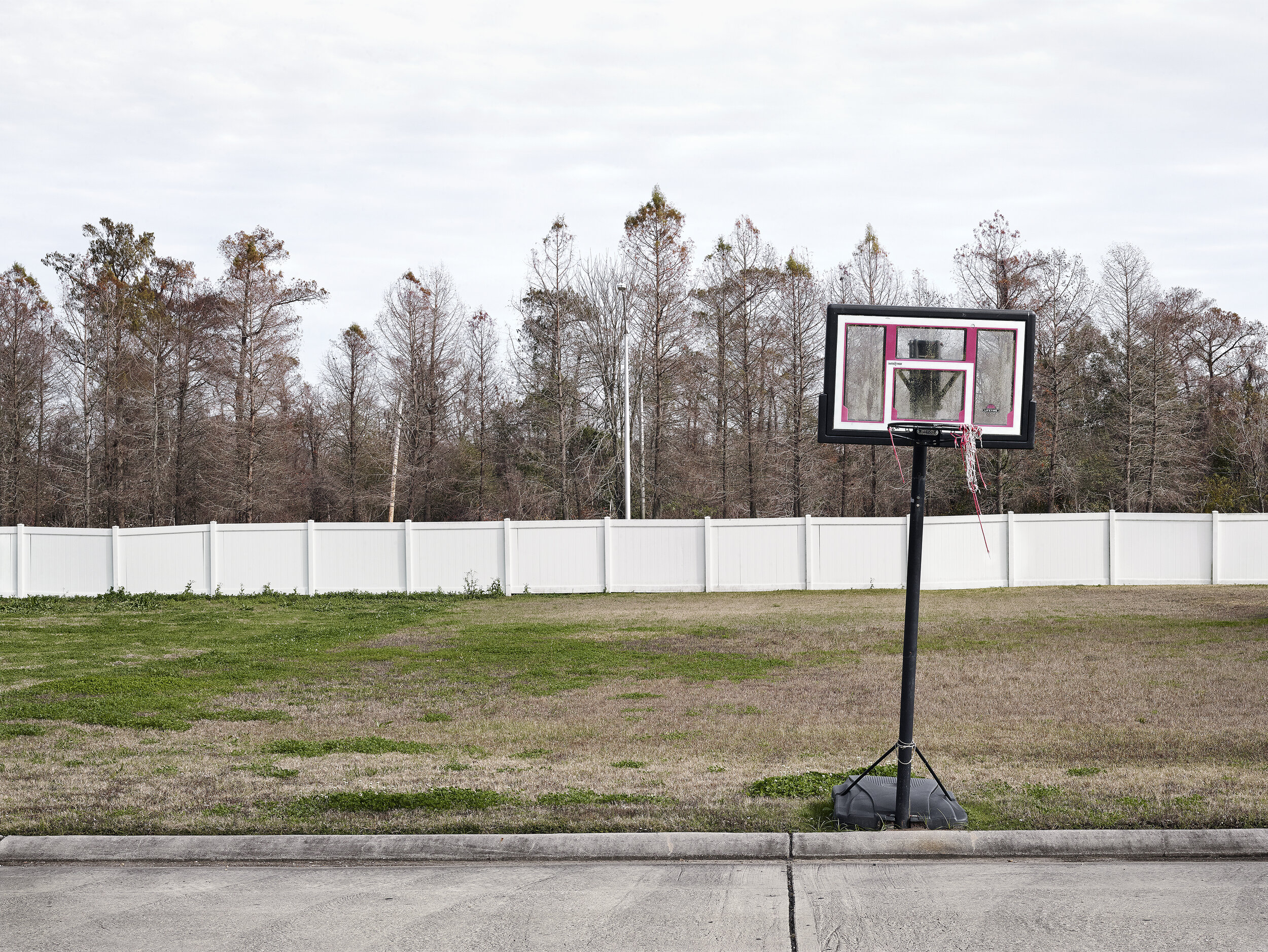 Basketball Net and Wall - Archival Giclée Print on Hahnemühle Photo RagPrint: 127 x 98.4 cmEdition of 8 + 2AP
