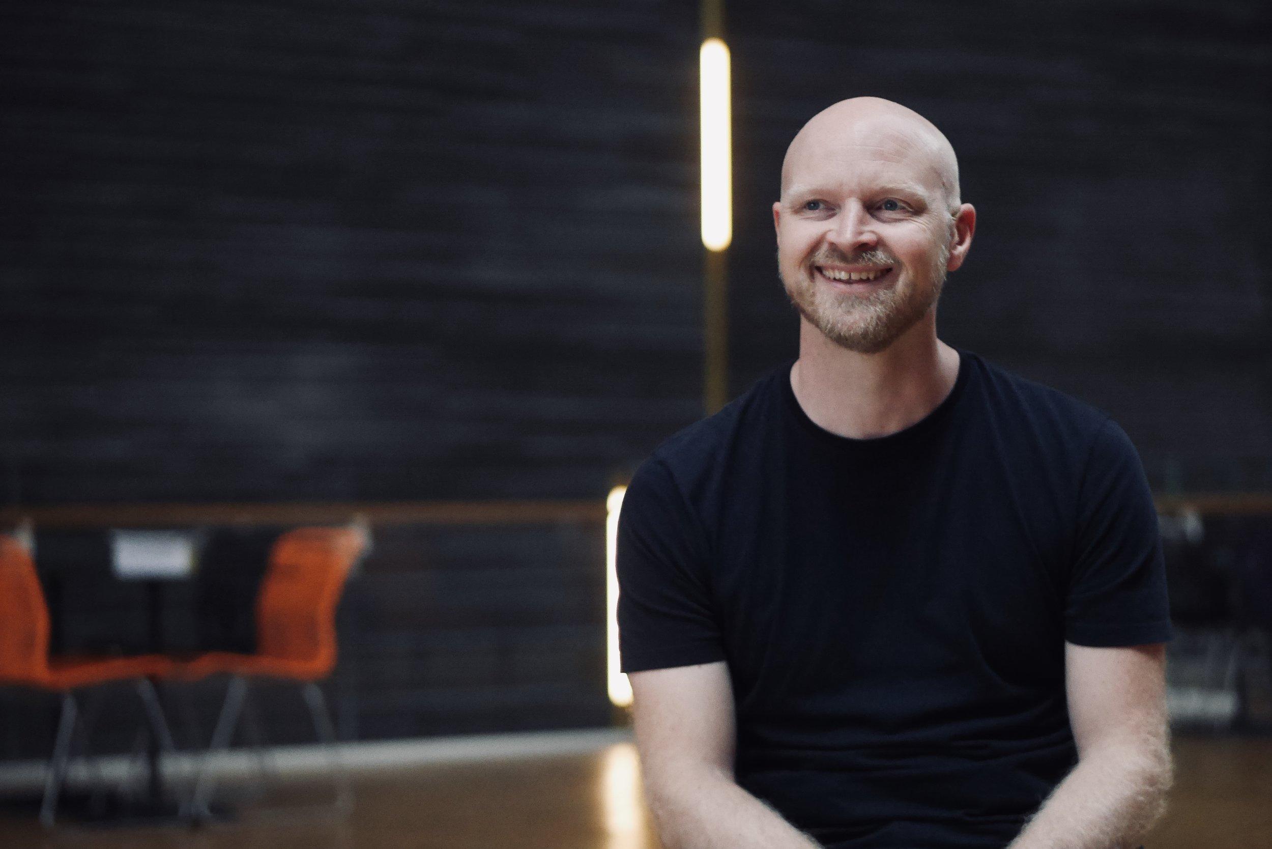 """""""Merchandise är ett fantastiskt sätt att skapa gemenskap."""" - Martin Ericson, grundare"""