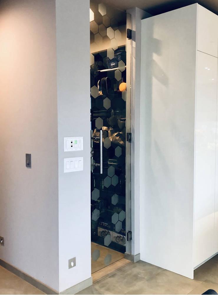 filonenko-pantry-door-1-740x1000.jpg
