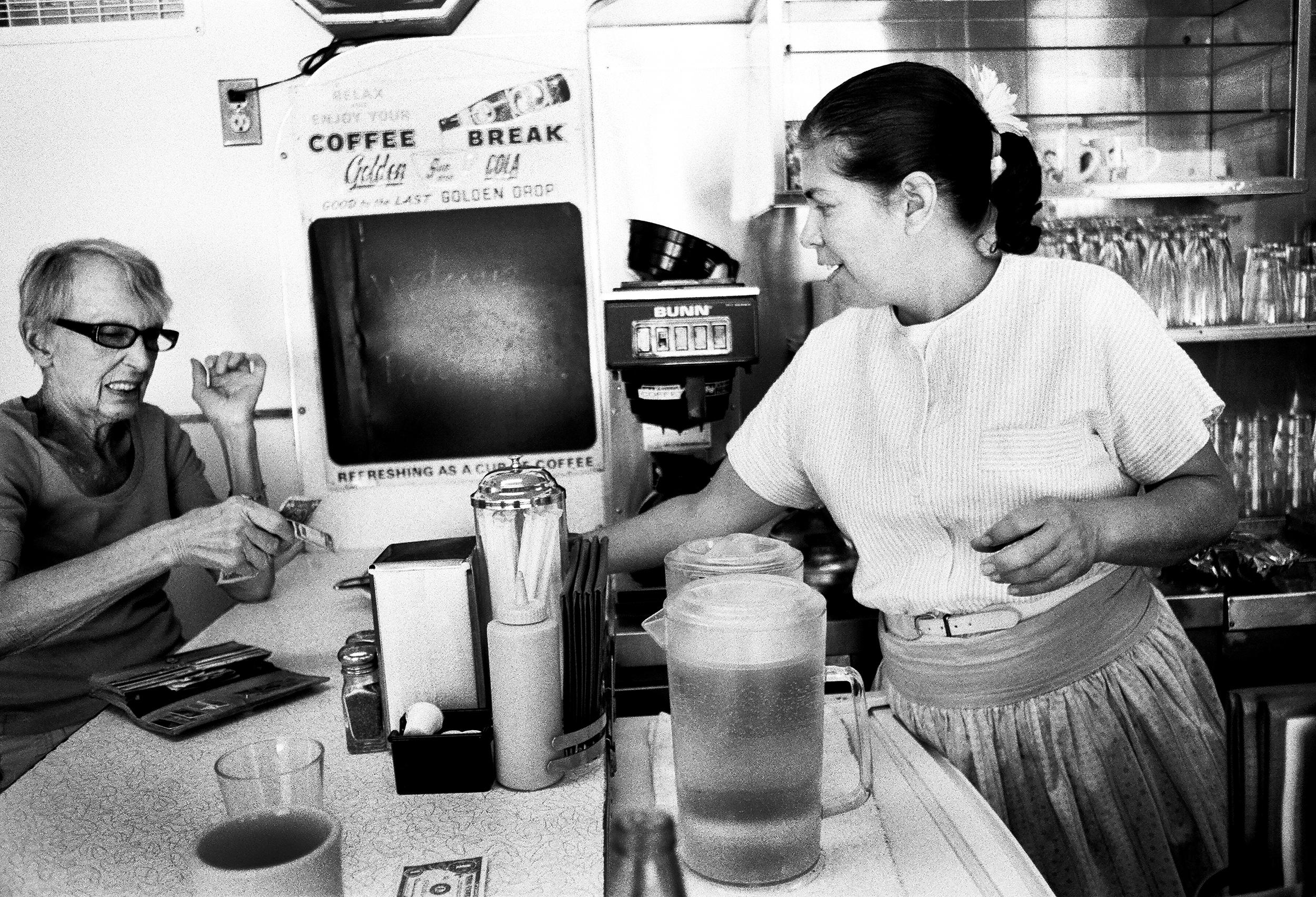 WEB_Bisbee Diner.jpg