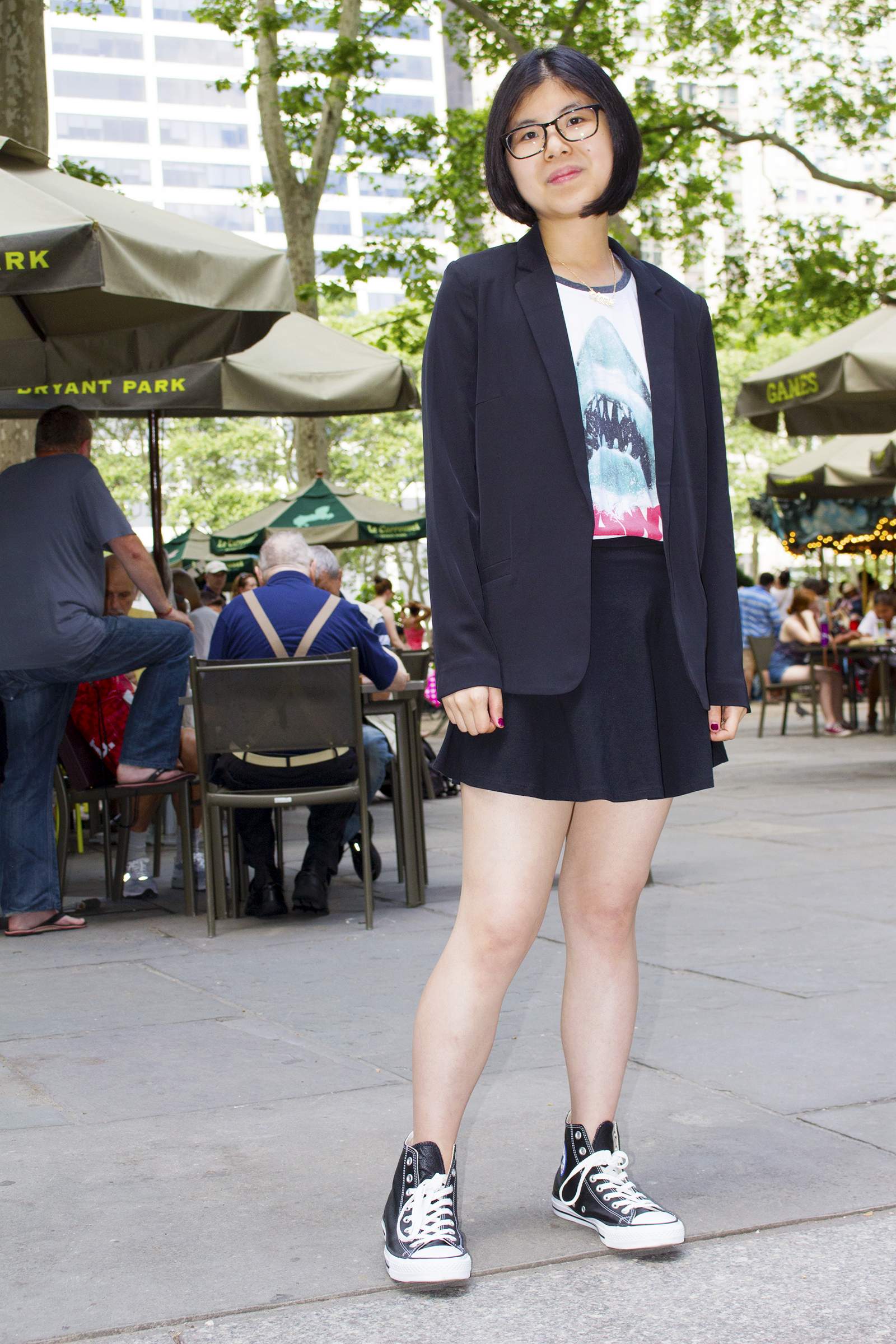 A trip into New York City's Grand Central Station featuring a fun casual outfit with Jaws movie graphic tee, skater skirt, leather Converses and blazer