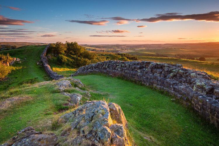Hadrians-wall_2.jpg